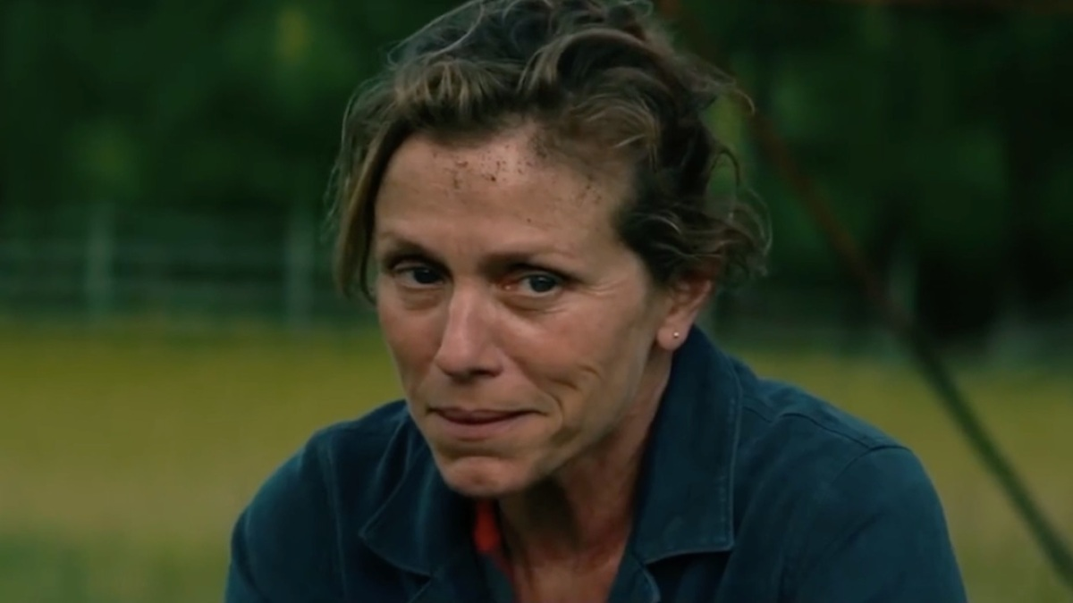 THREE BILLBOARDS OUTSIDE EBBING, MISSOURI : EBBING, MISSOURI ÇIKIŞINDAKİ ÜÇ REKLAM PANOSU